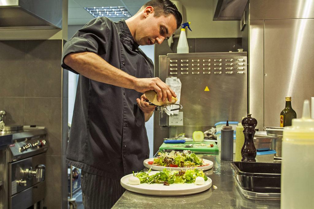 sloependiner-restaurant-de-gouden-ham-moeke-mooren-appeltern