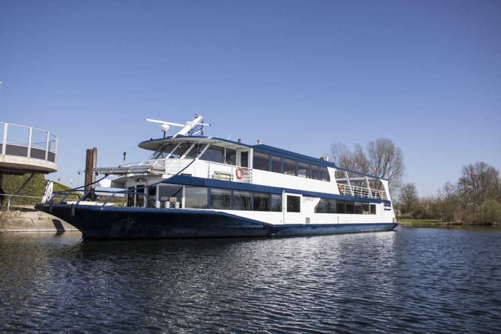 Rondvaart op de Maas met De Sluizer